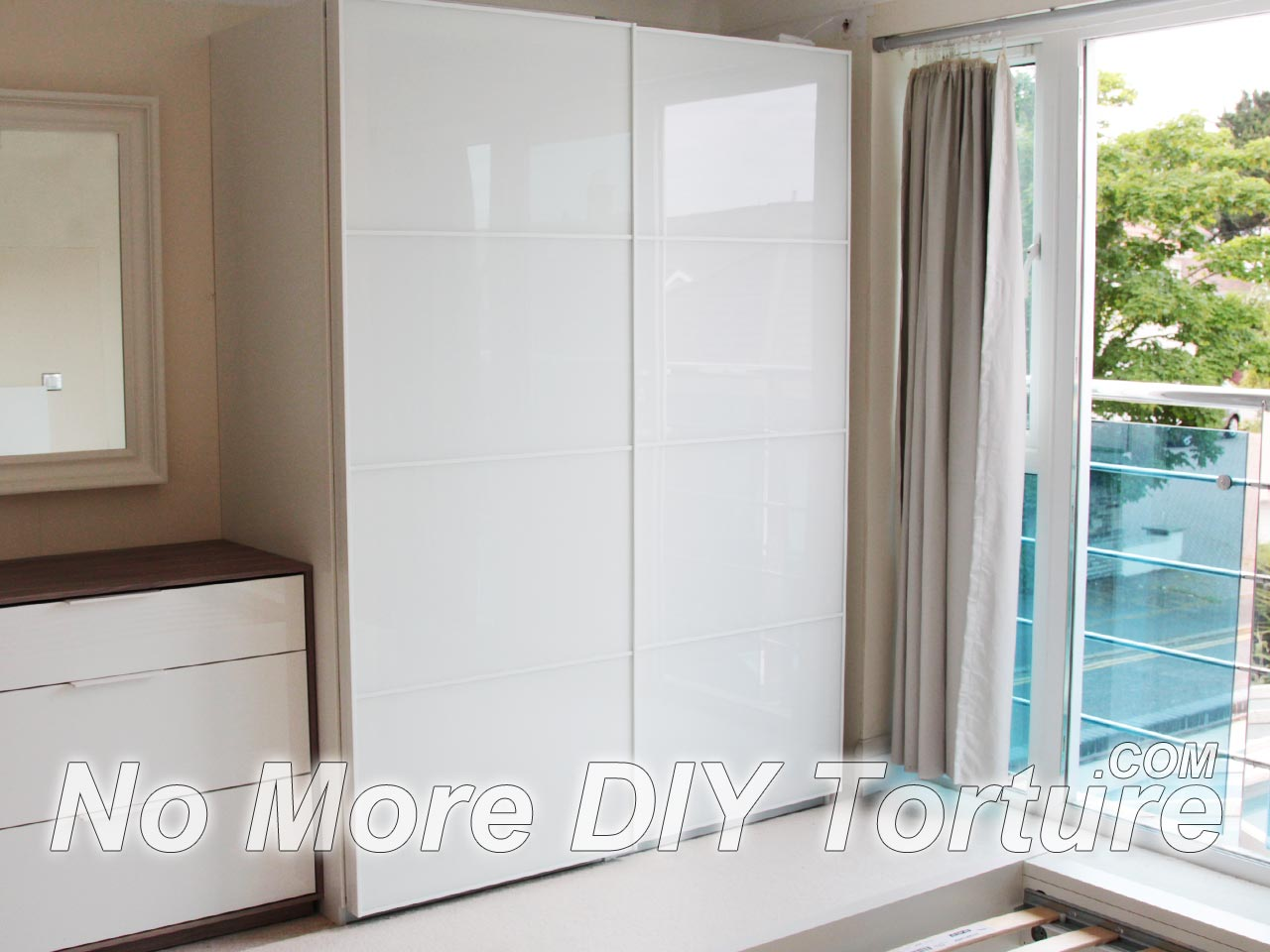 how to connect 2 pax wardrobes